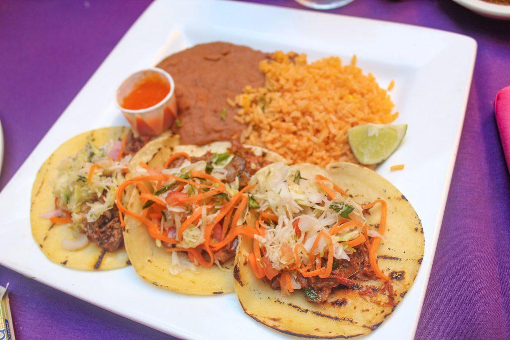 Explore Texas: Family Friendly Restaurants in San Antonio, Texas graphic