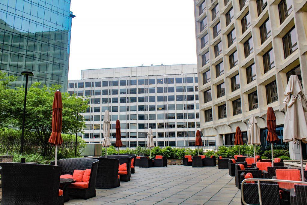 Washington Hilton Hotel Outdoor Sitting Area