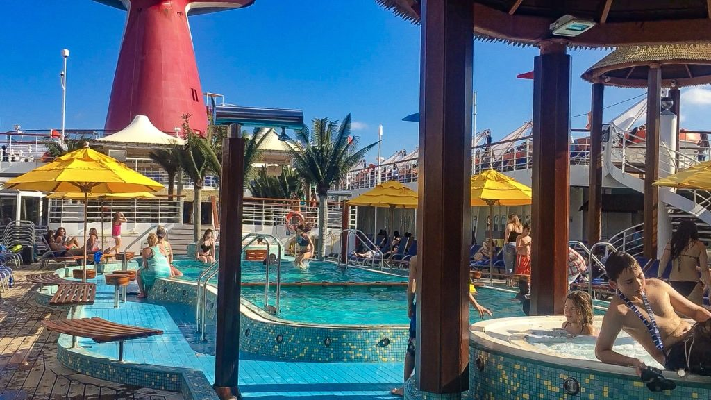 First time cruisers tips- carnival cruise line lido deck
