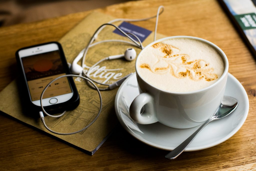 5 Military Spouse Podcasts that Should Be On Your Radar graphic