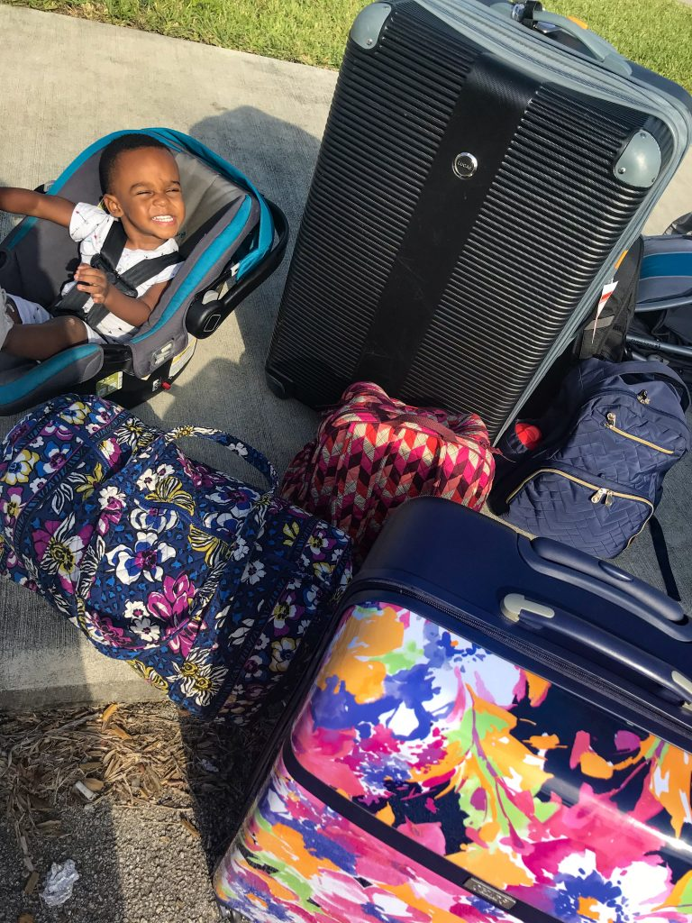 5 Ways to Survive the Airport with Kids Stress Free
