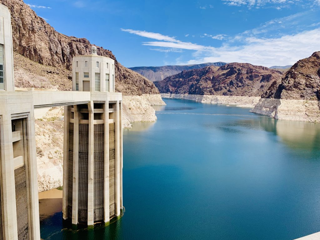 hoover dam towers
