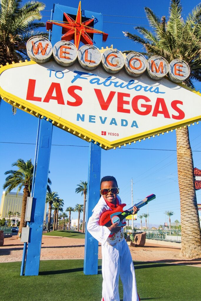 welcome to Las Vegas sign elvis