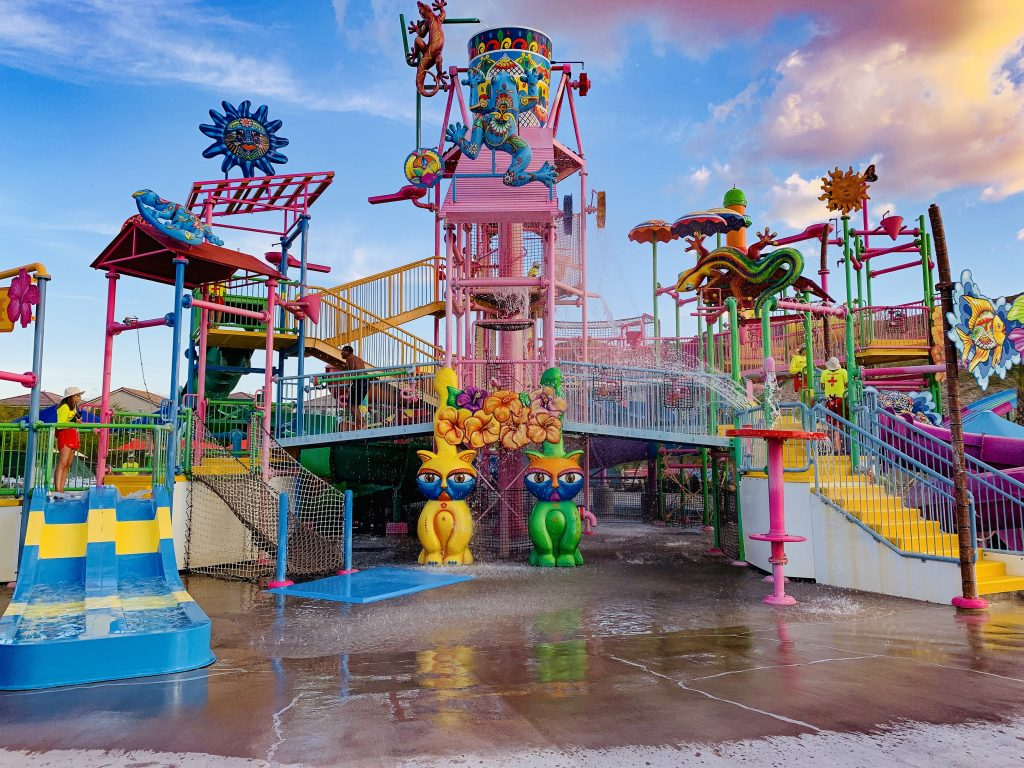 wet n wild Las Vegas kids water slides things to do in Las Vegas with kids