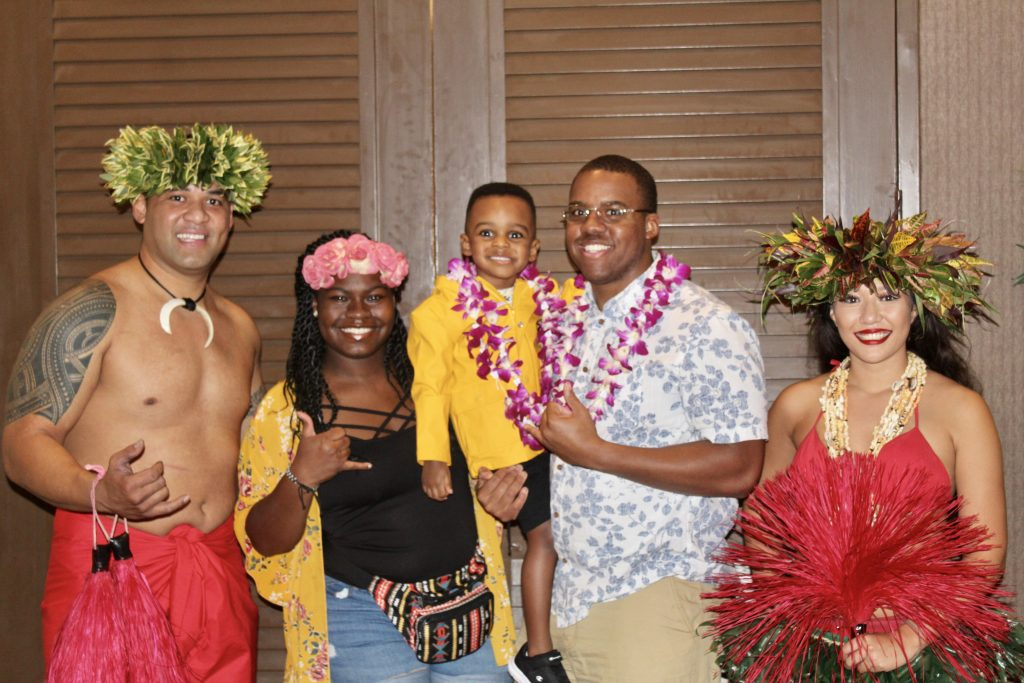 Best Luau in Oahu: Hilton Hawaiian Village Resort Waikiki Starlight Luau graphic
