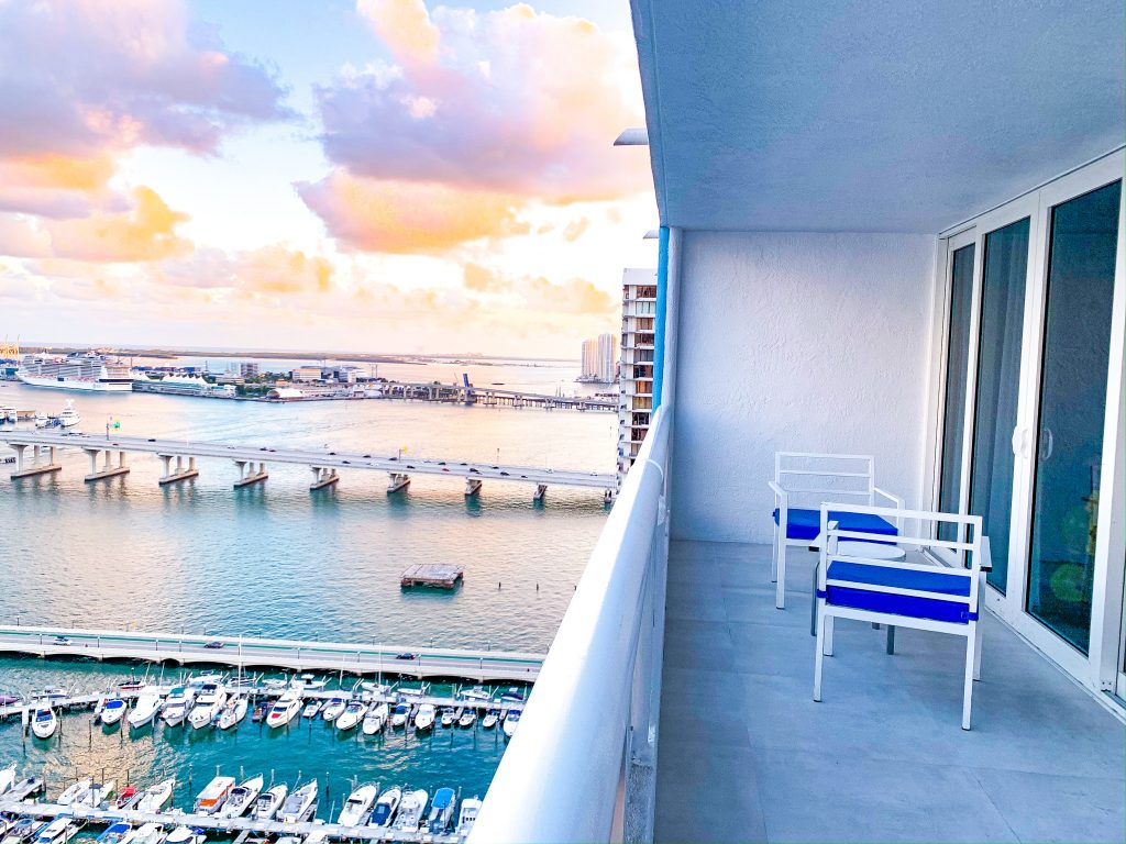 Doubletree by Hilton Grand Hotel Biscayne Bay: The Best Family Friendly Hotel Near Port of Miami graphic