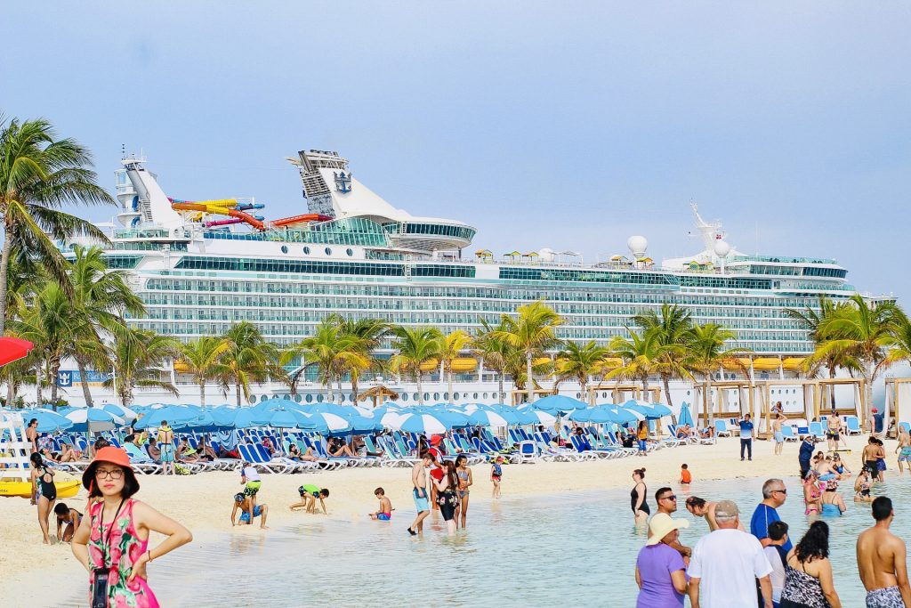 Free things to do at coco cay: chill island
