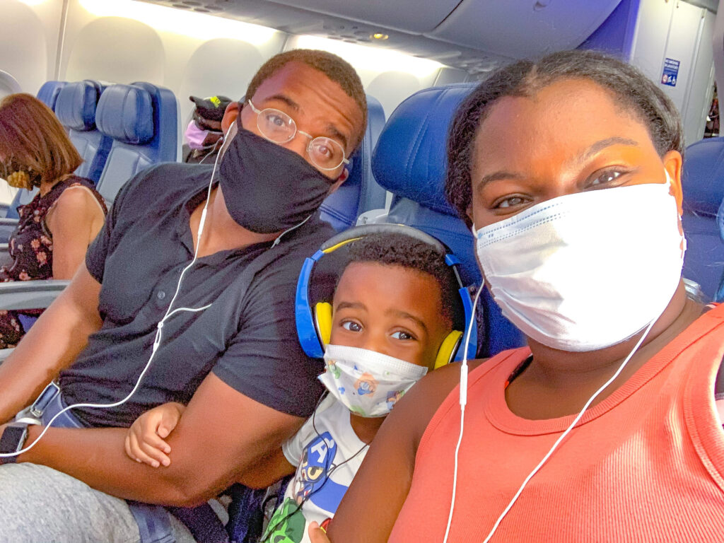 What to Expect When Flying Delta Airlines During the Pandemic + Video graphic